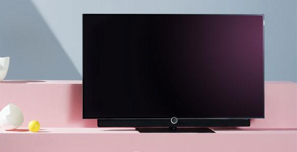loewe bild oled ultra hd tv fernseh petersen. Black Bedroom Furniture Sets. Home Design Ideas